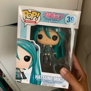 Hatsune Miku funko pop figure